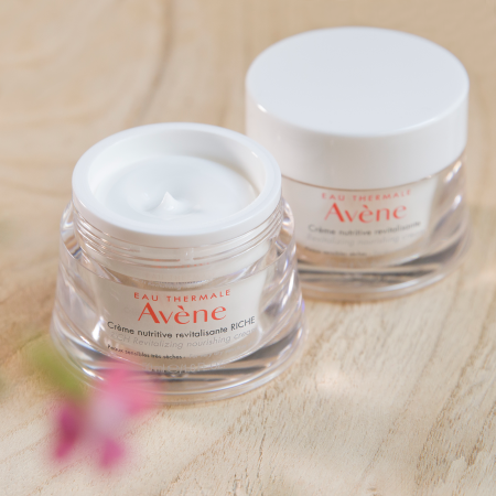 AV_Les Essentiels_Instagram_Post_Quarter2-2019_RICH Revitalizing nourishing cream+Revitalizing nourishing cream_3282770209402_3282770209396_High-resolution.jpg